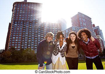 도시, 십대 후반의 청소년