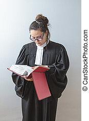 독서, 그만큼, 법률 서적