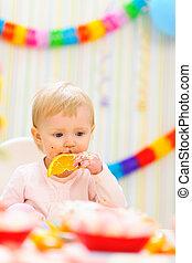 먹다, 아기, 생일, 오렌지, 파티, 처음, 축하