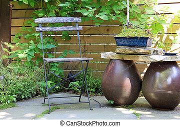 멍청한, 정원 의자