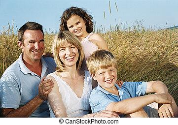 미소, 착석, 가족, 옥외