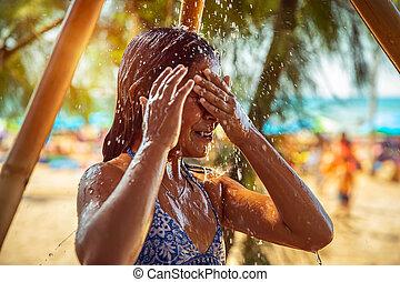 바닷가, 거의, 샤워, 소녀, 취득