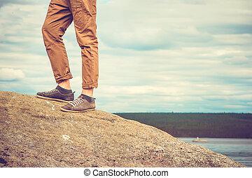 발, 서 있는 사람, 통하고 있는, 로키 산맥, 옥외, 여행, 생활 양식, 휴가, 개념, 와, 하늘, 구름, 배경에, retro, 색
