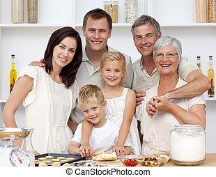 부엌, 빵 굽기, 가족, 행복하다