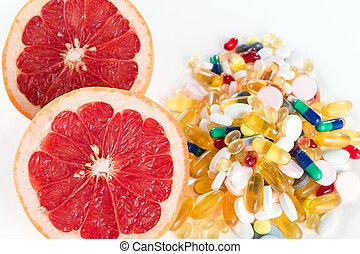 분홍색 자몽, 와..., 환약, 비타민 보충, 백색 위에서, 배경, 건강한 규정식, 개념