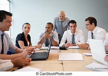 비즈니스 팀, 통하고 있는, a, 전문가, 훈련
