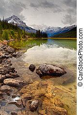 산, 바위가 많은, canadian, 국립 공원, 가을, 벽옥