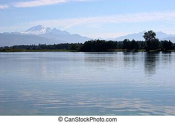 산 호수, 2