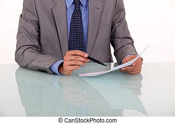 상세한 묘사, 의, 남자, 증거, 독서, a, 문서