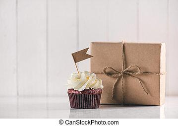 상자, 선물, 아버지, 창조, 상쾌한, 컵케이크, 테이블., concept., 일