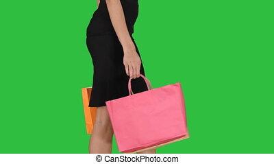 상점, 은 자루에 넣는다, 걷기, 쇼핑하고 있는 여성, chroma, 나이 적은 편의, 스크린, 녹색, key., 나가