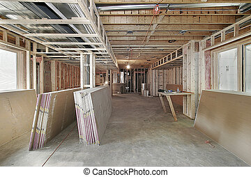 새로운 가정, 건설중