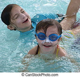 서머 타임 기간, 재미, 물에서