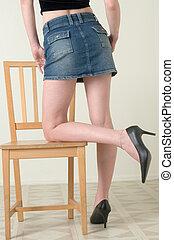 성적 매력이 있는, 다리, 위에 기대는, 의자