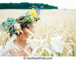 소녀, 즐기, 에서, a, 밀, 노란 들판