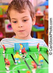 소년, 놀이, 에서, 장난감, 축구