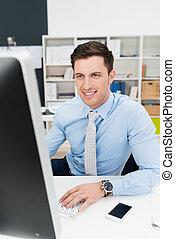 실업가, 맞붙는 것, a, 탁상용 컴퓨터