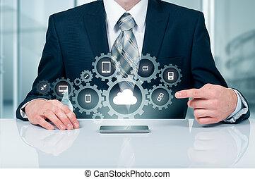 실업가, 보유, a, 구름, 접속된다, 에, 많은, 물건, 통하고 있는, 사실상, 스크린, 개념, 약, 인터넷, 의, 것