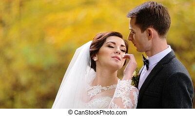 아름다운, 그녀, 아내, husbund, 나이 적은 편의, 입술, 만지는 것, 인력이 있는, 잘생긴, park.