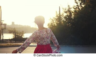 아름다운, 은 자루에 넣는다, 걷기, 쇼핑하고 있는 여성, 많은, shopaholic, slowmotion...