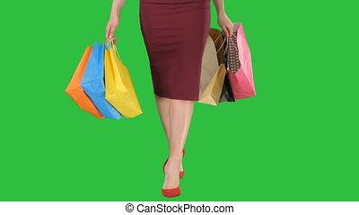 아름다운, 은 자루에 넣는다, 걷기, 쇼핑하고 있는 여성, shopping!, chroma, 스크린, 은, 녹색, key., 가다, 다리