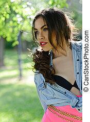 아름다운, 젊은 숙녀, 모델, 의, 유행, 에서, a, 정원