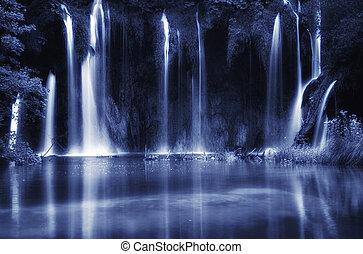 아름다운, 폭포, 에, plitvice, 호수, 국립 공원, 유네스코, 세계, 유산, center., 검정과 백색, 조율되는, 사진