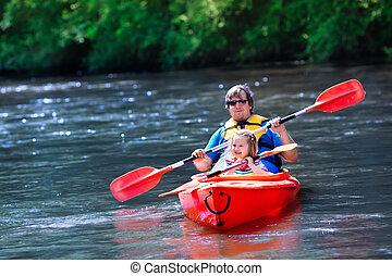 아버지와 아이, 카약을 타는, 에서, 여름
