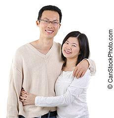 아시아 사람 한 쌍
