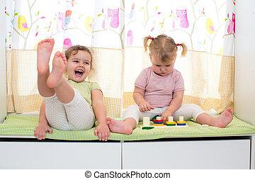 아이들, 자매, 놀이, 함께, 옥내에서