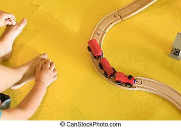 어린 아이, 노는 것, 와, 장난감 기차