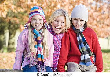 어머니, 와..., 2, 어린 아이들, 옥외, park에게서, 미소