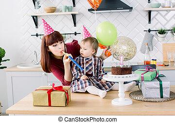 어머니, 첫번째 생일, 아기, 그녀, 경축하는, 행복하다