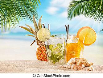 여름, 바닷가, 은 마신다