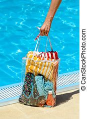 여름, 핸드백