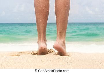 여성, 아름다운, 다리, 바닷가에