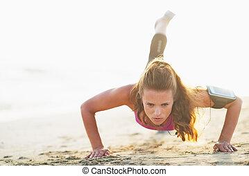 여성, 운동 선수, 함, 추천, 올린다, 통하고 있는, 바닷가