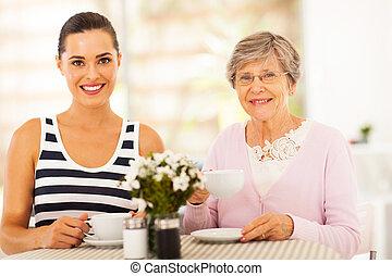 여자, 가지고 있는 것, 차, 와, 할머니