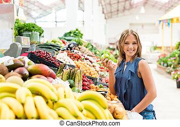 여자, 과일, 쇼핑
