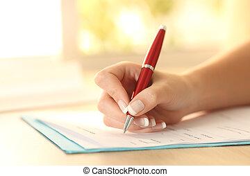 여자, 손, 서류 작성, 형태, 통하고 있는, a, 테이블