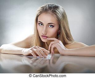 여자, 아름다움
