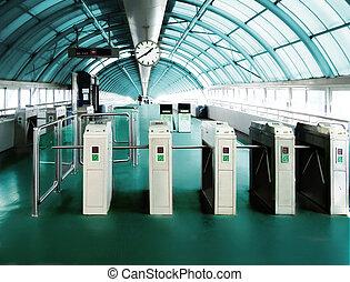 역, 지하철