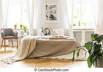 열린 책, 통하고 있는, a, 회색, 나무의 안락 의자, 얼마 만큼, a, 아늑한, 침대, 와, 조반 쟁반, 에서, a, 유행, 침실, 내부, 와, 자연광, 도래, 완전히, 크게, 창