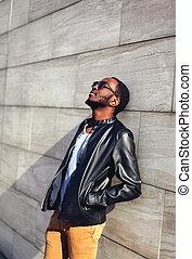 옥외, 유행, 초상, 의, 유행, 잘생긴, 아프리카인 남자, relaxin