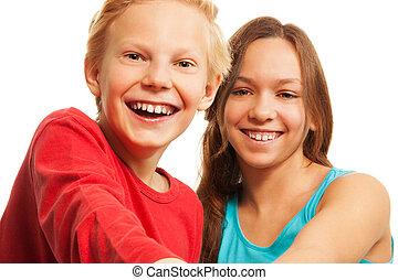 웃음, 10대의 소년, 와..., 소녀