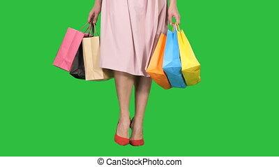 은 자루에 넣는다, 쇼핑하고 있는 여성, 다채로운, chroma, 나이 적은 편의, 스크린, 나름, 녹색, key., 다리