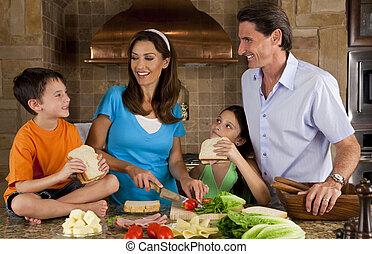 인력이 있는, 가족, 에서, 부엌, 제작, 건강한, 샌드위치