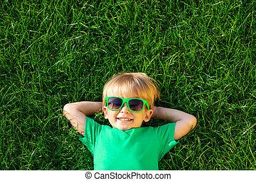 있는 것, 봄, 행복하다, 녹색 잔디, 아이