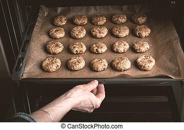 자세를 취함, 쿠키, 여자, 빵 굽기, 오븐