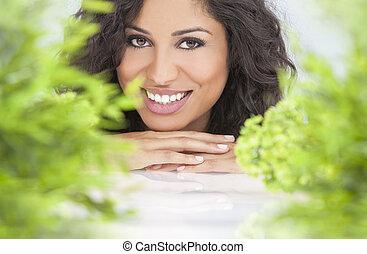 자연적인 건강, 개념, 아름다운 여성, 미소